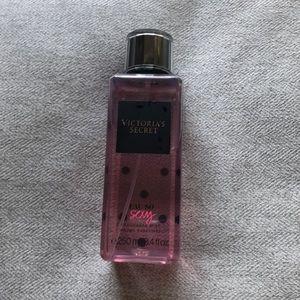 NEW Victoria's Secret Eau So Sexy Fragrance Mist